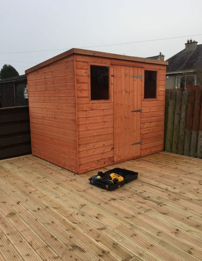 Shed_And_Decking